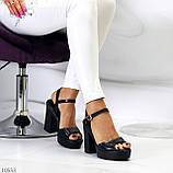 Черные женские босоножки на шлейке на высоком устойчивом каблуке, фото 3