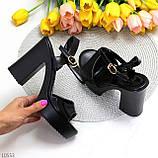 Черные женские босоножки на шлейке на высоком устойчивом каблуке, фото 5