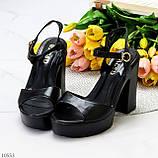 Черные женские босоножки на шлейке на высоком устойчивом каблуке, фото 10