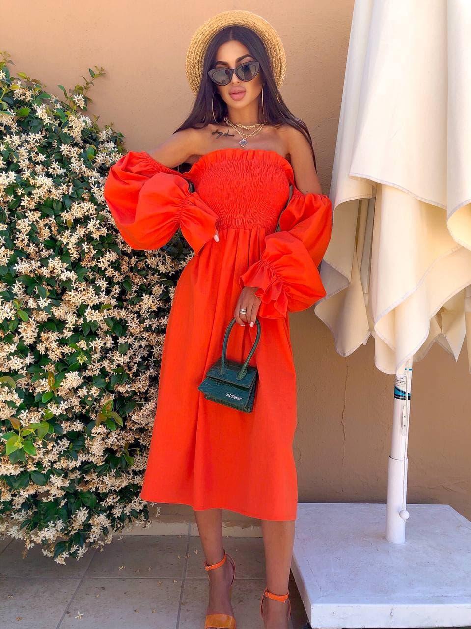 Стильне помаранчеве видовжене лляне плаття на плечі з пишними рукавами Orange