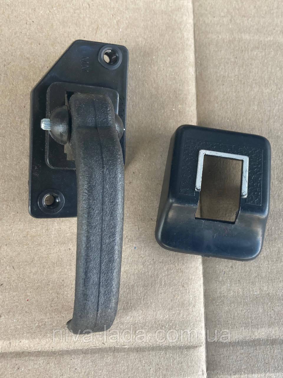 Ручка дверей внутрішня гачок НИВА 21213,з облицюванням