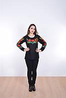 Традиционная женская блуза вышиванка с красивым вышитым букетом из маков