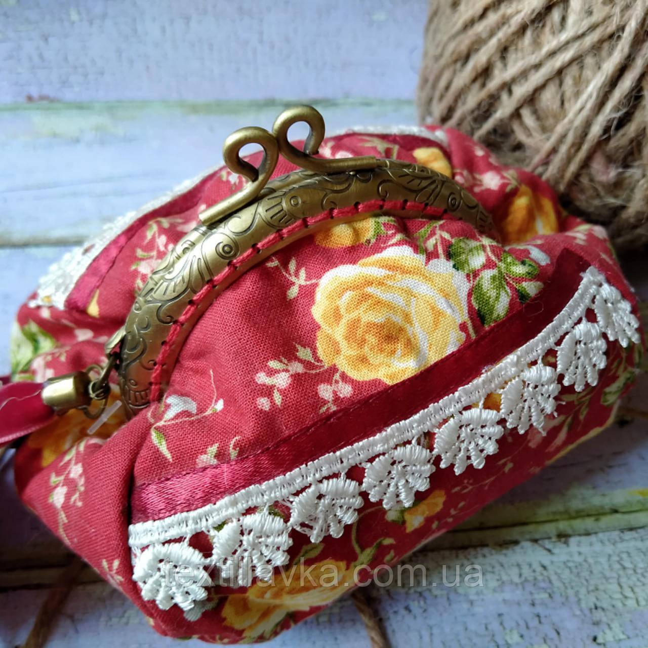 Текстильная сумочка с бронзовым фермуаром