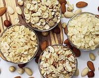 Миндальные хлопья, лепестки, слайсы; крошка миндаля, фундука, фисташки, арахиса