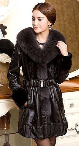 Женская удлиненная кожаная куртка с мехом норки