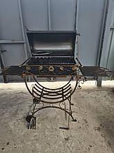 Мангал кований стаціонарний 4 мм на 12 шт. шампурів з відкидною кришкою