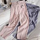Женские брюки с ремнем в пудровом цвете, фото 2