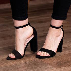 Жіночі босоніжки Fashion Cori 2925 37 розмір 24 см Чорний