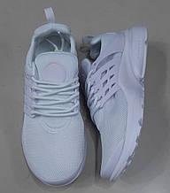 Женские кроссовки белые сетка