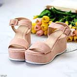 Ефектні замшеві рожеві пудра жіночі босоніжки на платформі 40-25,5 см, фото 2