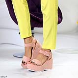 Ефектні замшеві рожеві пудра жіночі босоніжки на платформі 40-25,5 см, фото 3