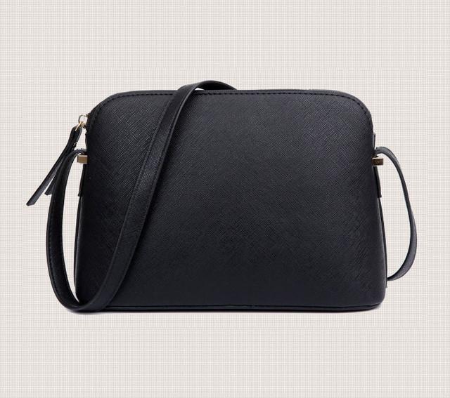 Женская сумка-купол вид сзади.
