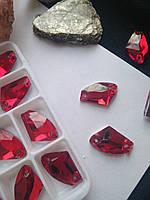 Стразы пришивные Топорик 12х19 мм Siam (красный), стекло