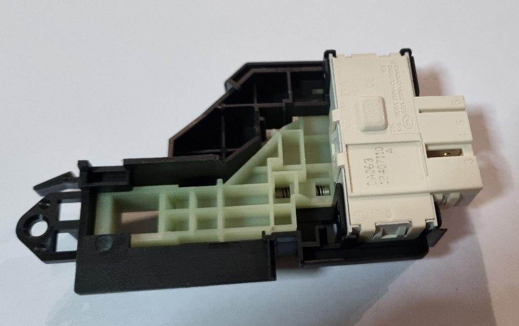 Замок люка (двери) для стиральной машины Electrolux 1462229145