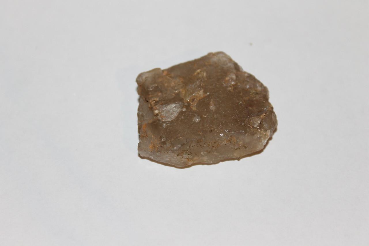 Раух-топаз камень 39*31*12 мм. натуральный дымчатый кварц
