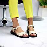 Стильные кожаные бежевые женские босоножки на шлейке натуральная кожа, фото 2
