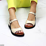 Стильные кожаные бежевые женские босоножки на шлейке натуральная кожа, фото 10