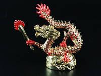 Статуэтка Металл / Золотая / Дракон с Мечем / Стразы красные / 09 см 9x9x4 см