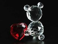 Мишка Сердце  в руках / Фигурка хрустальная 9x9x4 см