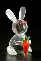 Заяц с морковкой / Фигурка хрустальная 6 см