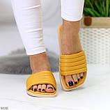 Шльопанці жіночі жовті/ гірчичні з квадратним носком еко - шкіра, фото 4