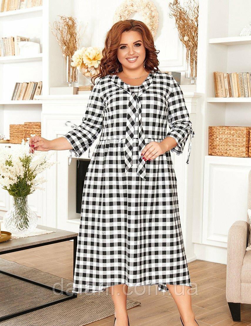 Жіноче чорно-біле плаття в клітку великі розміри