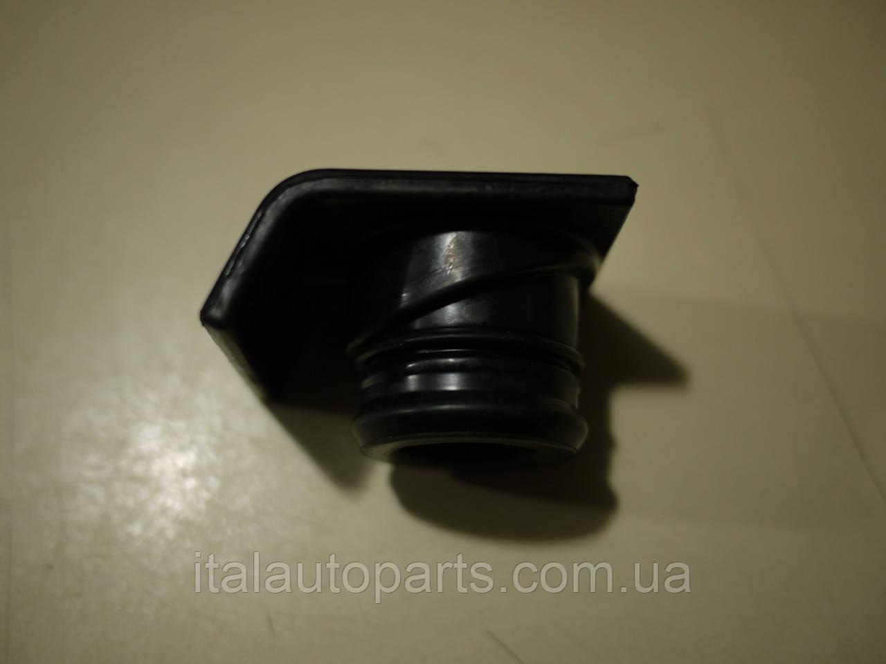 Пробка маслозаливной горловины Fiat Tempra