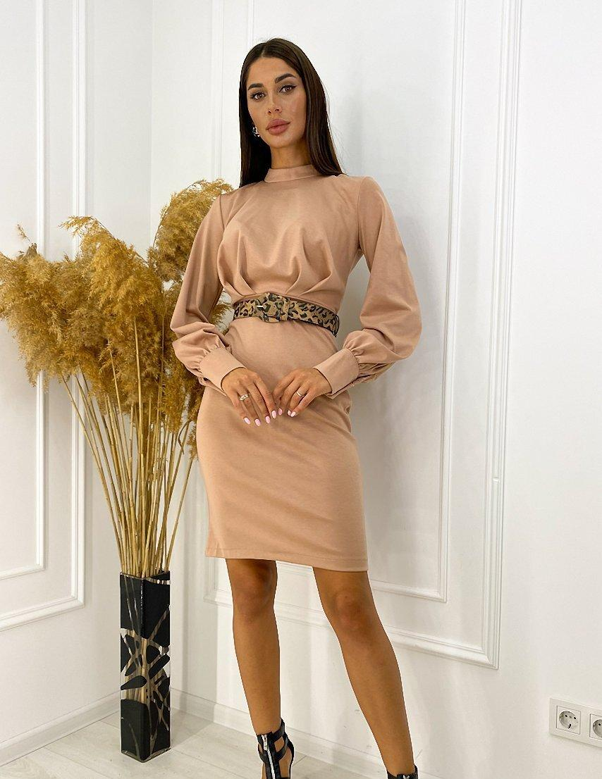 Жіноче бежеве плаття-футляр з поясом
