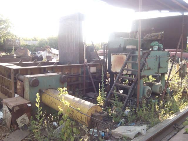 Продажа китайского пресса для металлолома Y81T-250