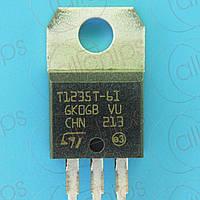 Симистор 12А 600В STM T1235T-6I TO220AB