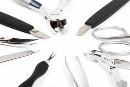 Инструменты для ухода за ногтями