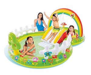 Детский водный игровой центр с фонтаном