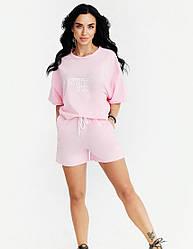 Спортивный женский розовый костюм из футболки и шорт