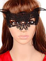 Карнавальная маска из черного кружева