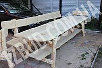 Стол с лавками из бревна