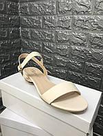 Женские босоножки на невысоком каблуке, фото 1