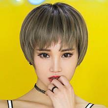 Жіноча перука коротке волосся попелясто-русий SP-33