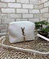 Модная женская сумка через плечо клатч на цепочке сумочка белая кожзам