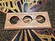 Рамка 3-місна дубова для монтажу розеток і вимикачів прихованого монтажу., фото 2
