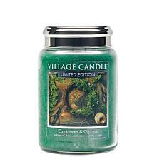 Свеча Village Candle Кардамон кипарис 602г время горения до 170 часов, КОД: 2453195