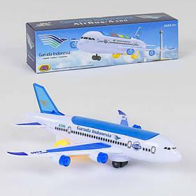 Самолет со световыми и звуковыми эффектами, на батарейке SKL11-186238