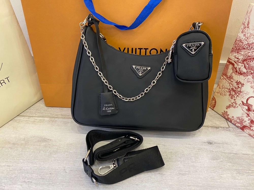 Сумка Prada Re-Edition 2005 Nylon Shoulder Bag Black