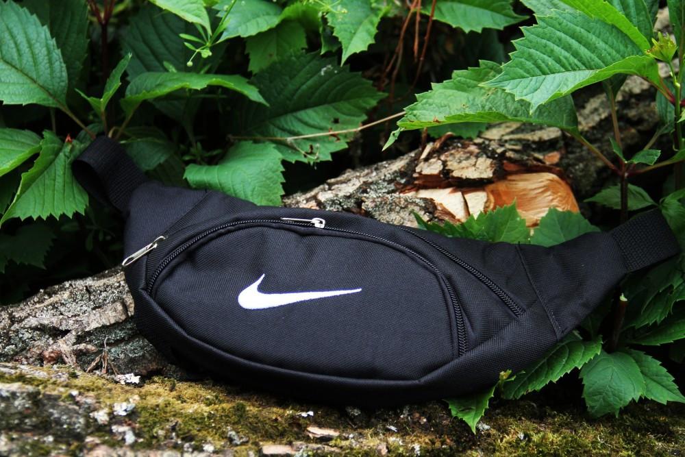 Бананка Nike classic black