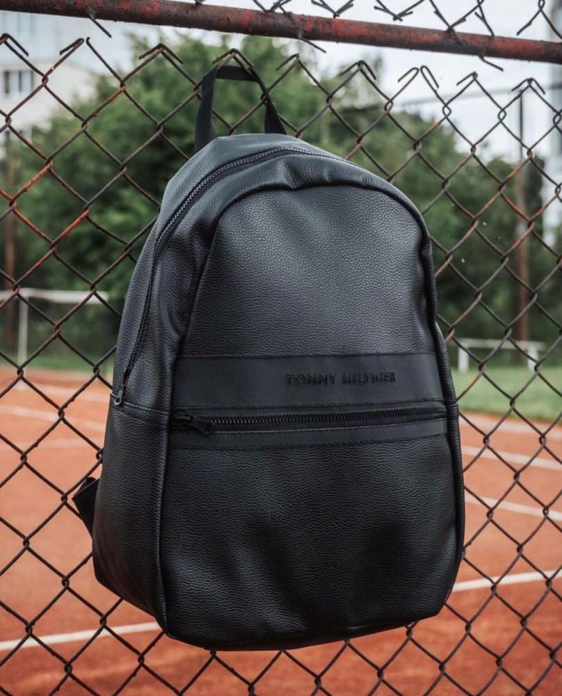 Рюкзак чорний D15 Tommy Hlfiger