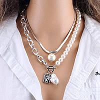Биб-ожерелье: что это за украшение и как его носить?