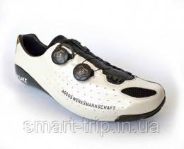 Велотуфлі ASSOS cyclingSlipper G1 шосейні чорний/білий р 41
