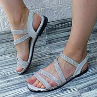 Жіночі сандалі зі стразами сріблясті