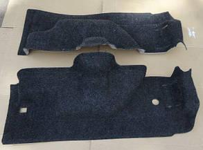 Обивка багажника ВАЗ 2121-21214 ворс формованная на пластиковой основе (к-кт 2 шт) ДЭЛ