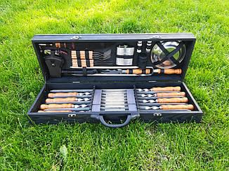 """Набор из 8 шампуров для мяса """"Master"""" (730х15х3 мм) + комплект аксессуаров в деревянном кейсе"""