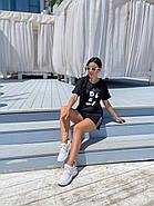 Жіночий костюм з шорт на резинці і футболки з малюнком, фото 2